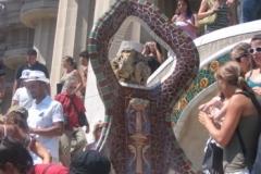 gaudi_house_statue