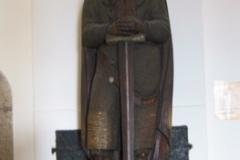 salz_fortress_statue