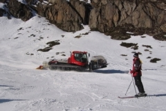 stubai_snow_mobile