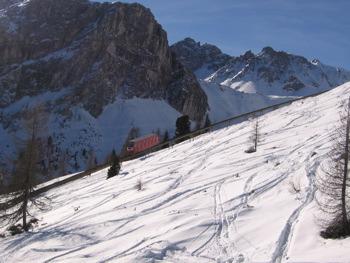 axamer-slopes.jpg