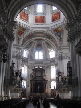 salz-cathedral-in2.jpg