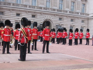 london-guards-8.jpg