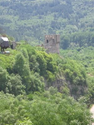 veliko-fortress-2-bald-tower.jpg