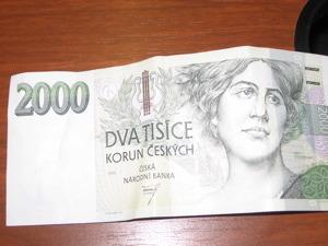 2000-dollars.jpg